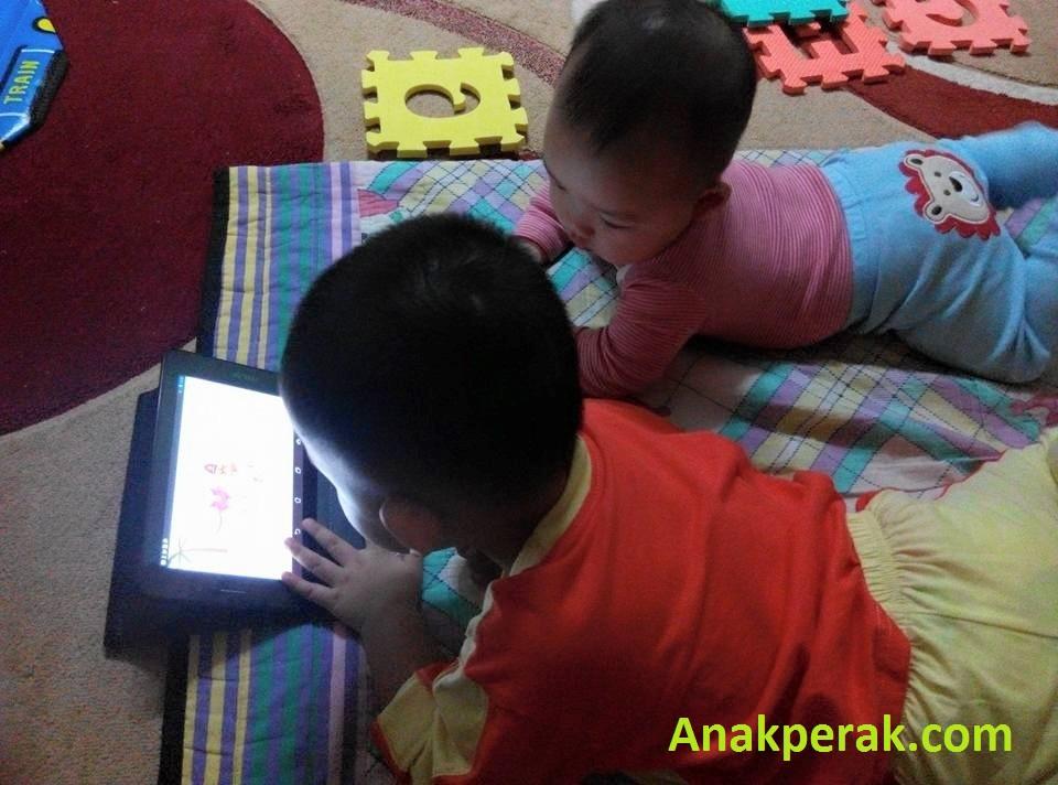 abang dan adik gadget
