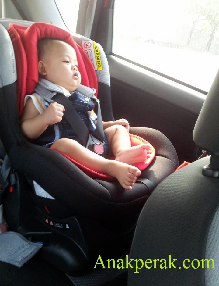 Afiq Hazim car seat